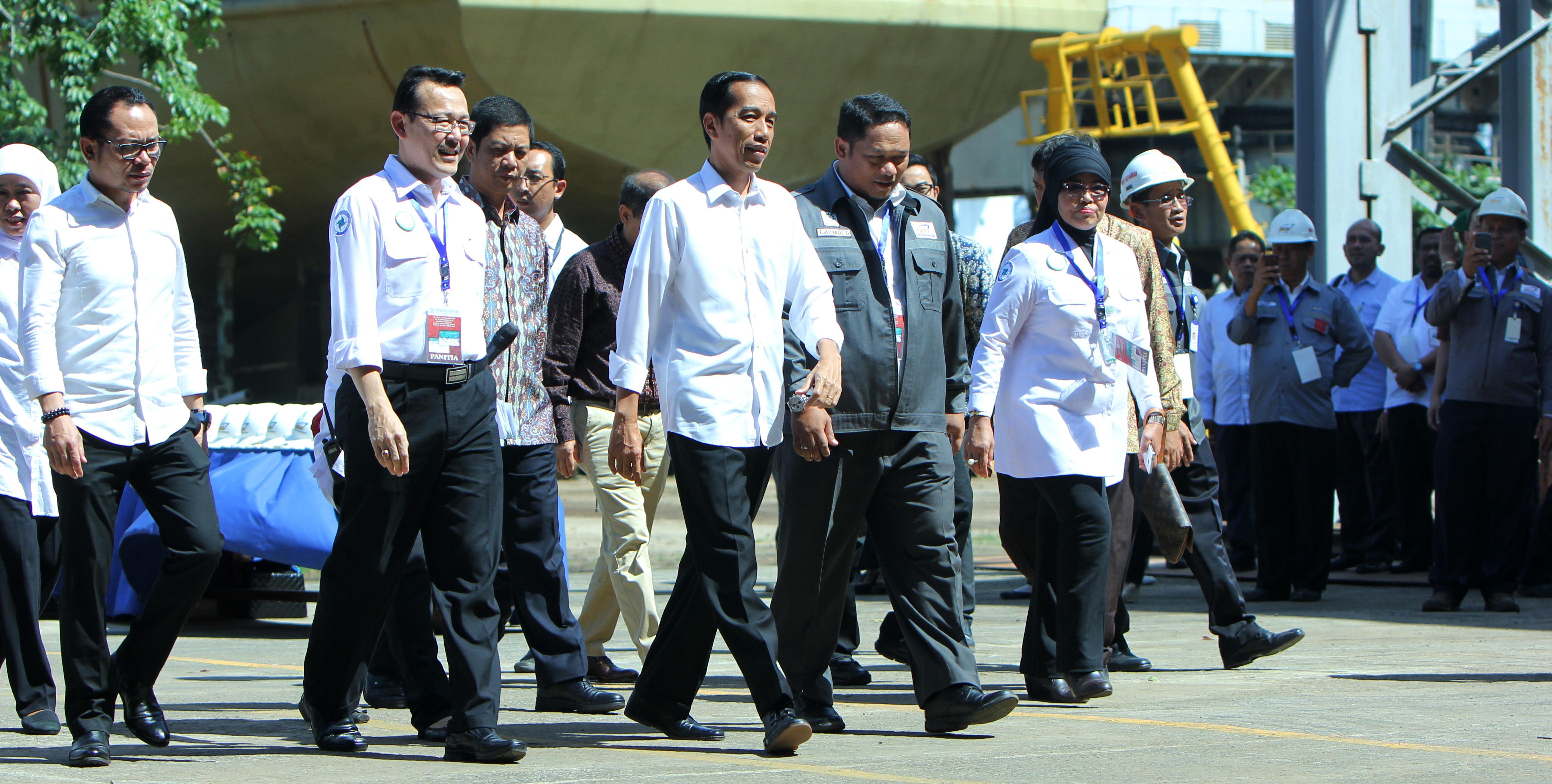 Presiden hadir dalam pembagian Kartu Indonesia Sehat di PT Dok dan Perkapalan Kodja Bahari Cilincing