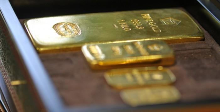 Emas Dunia Senin Merangkak Oleh Gencatan Perang Dagang Emas Antam