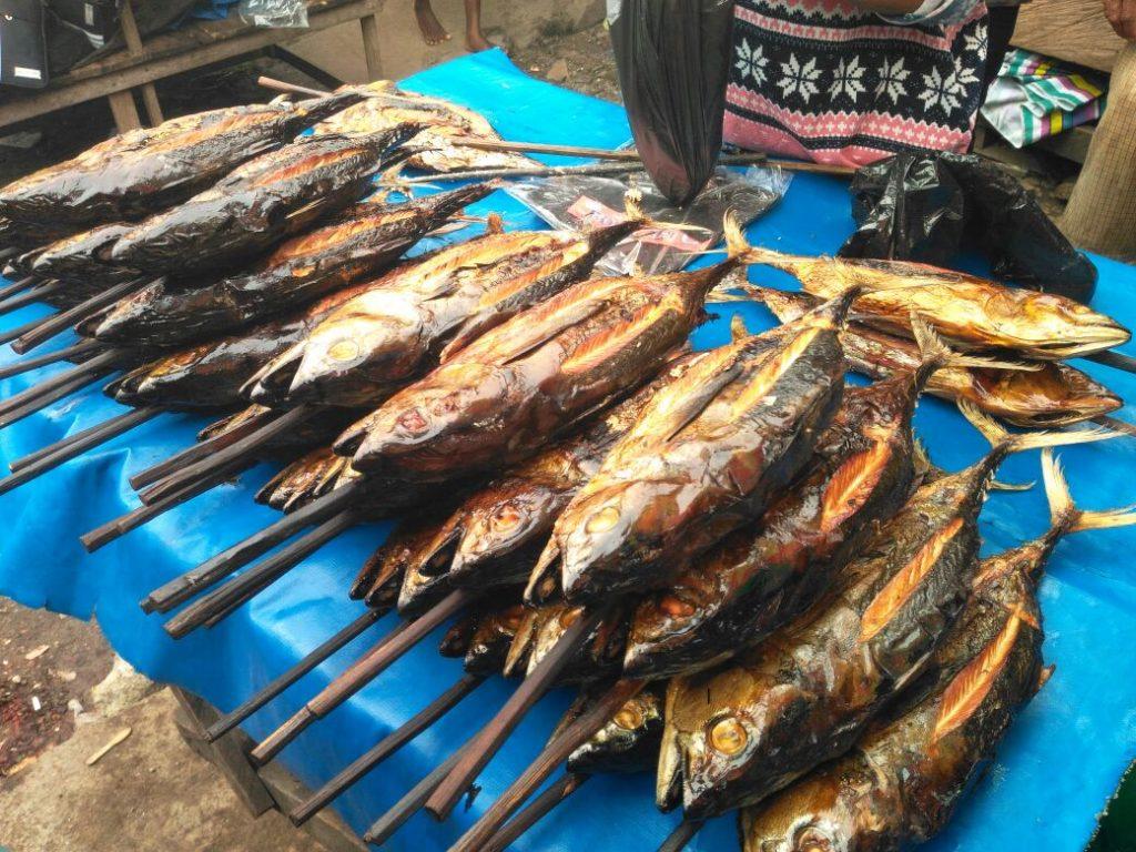 Ikan asap di Pasar Sanggeng, Manokwari,Papua Barat (Photo: Jelin Linda/ Vibizmedia.com)